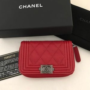 NEW! Chanel Boy Zip Coin Purse Quilted Caviar